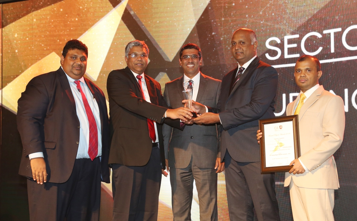 HNB Assurance Seizes another Top Award at the 52nd Annual Report Awards Ceremony